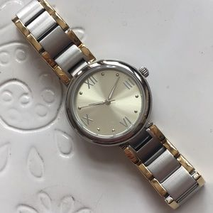 T3202 Time to celebrate watch
